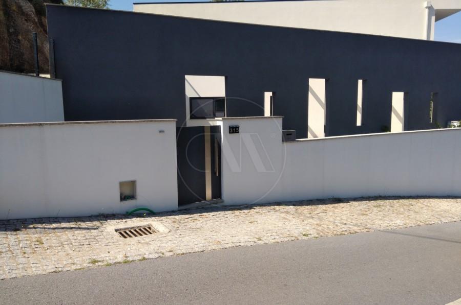 Fachada (Imagem 3)
