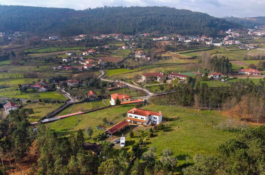 Fachada (Imagem 1)