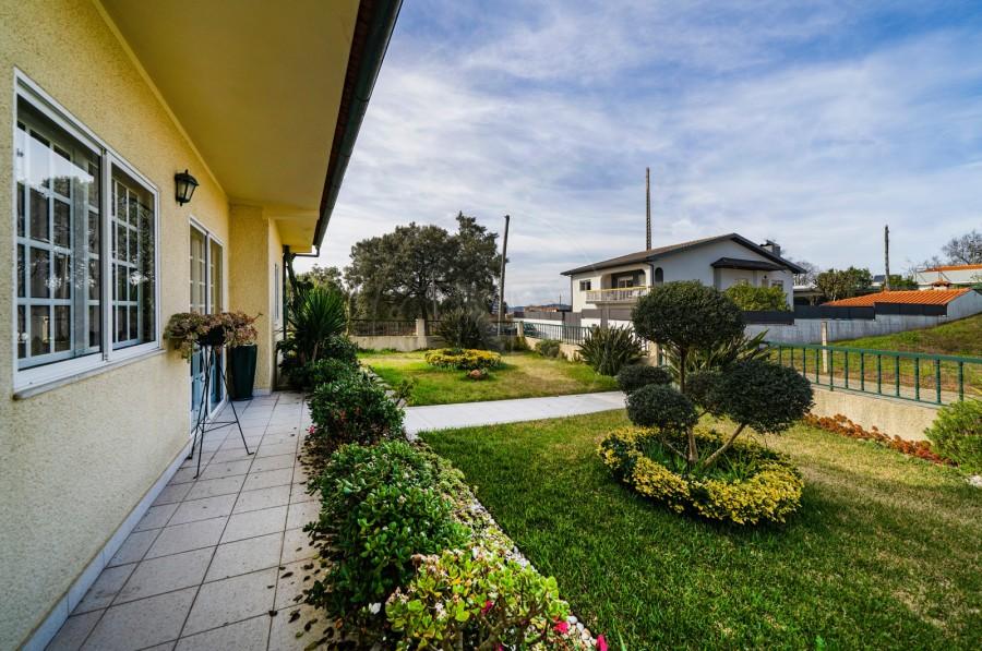 Quintal/Jardim (Imagem 1)